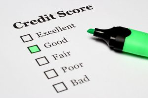 Ways to Hurt Your Credit Score This Holiday Season